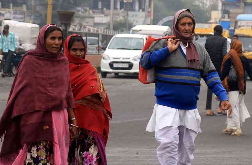 उदयपुर शहर में ठण्ड का एहसास हुआ कम, धूप खिलने से पटरी पर लौटा जनजीवन