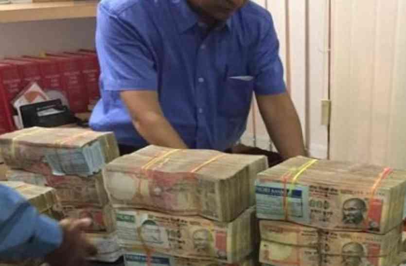 एमपी के इस शहर में अफसरों ने सरेआम की करोड़ों रुपए की अवैध वसूली, ऐसे सामने आया सच