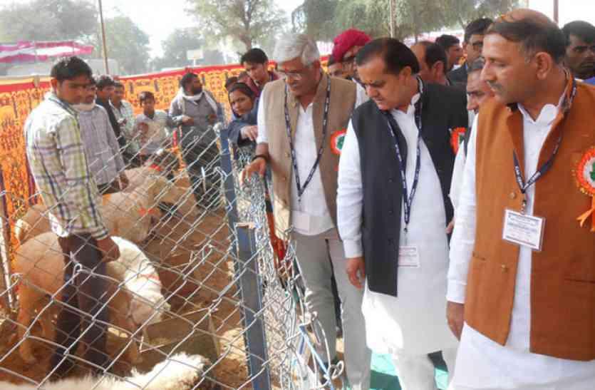 मंत्री ने अनुसंधानों की सराहना करते हुए 2022 तक किसानों की आमदनी को दोगुना करने की बात कही