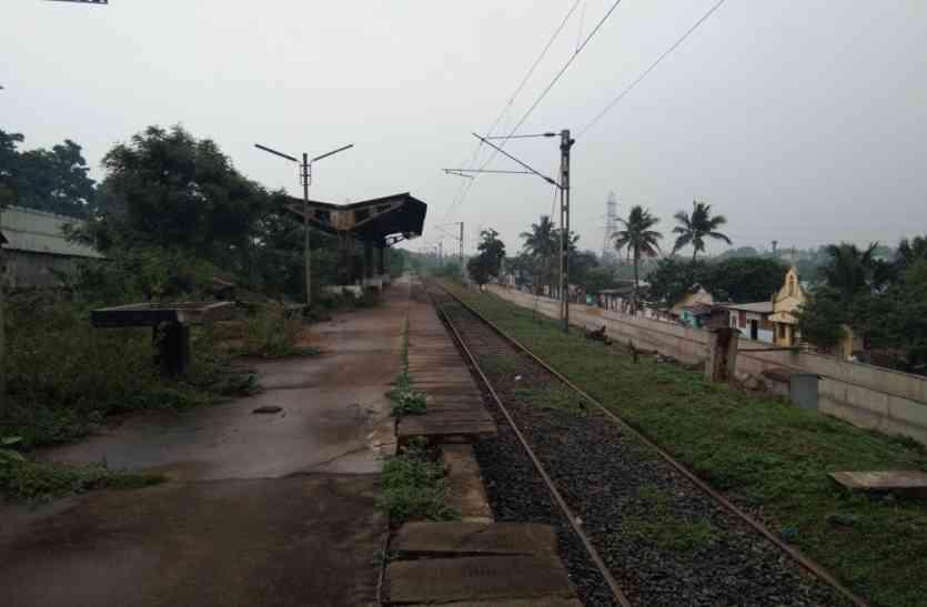 सेमी हाईस्पीड रेलवे कोच की ट्रॉयल