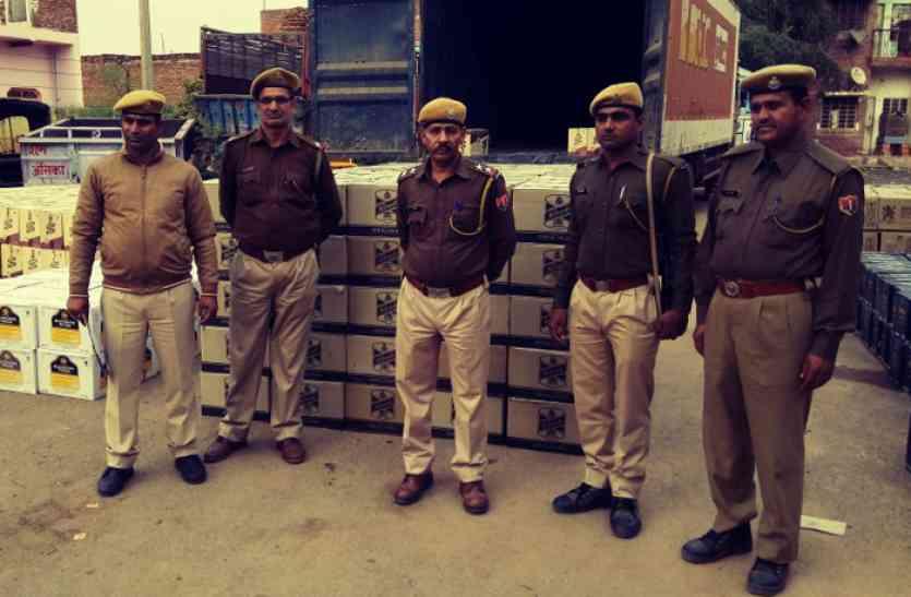 गुजरात चुनाव में जा रही 4 करोड़ की अवैध शराब पकड़ी, 4 ट्रकों में जा रही थी अवैध शराब