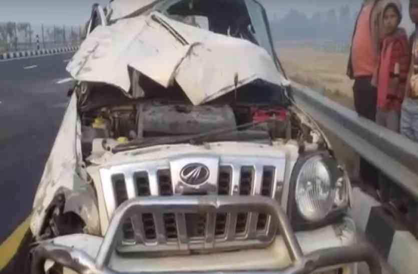 एक और हादसे का गवाह बना लखनऊ-आगरा एक्सप्रेस-वे, कार पलटने से सात घायल