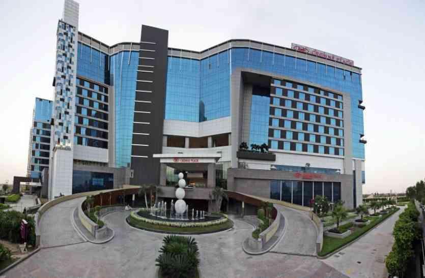 यूपी के इस फाइव स्टार होटल में सिर्फ तीन मिनट में चोर उड़ा ले गया लाखों की ज्वैलरी