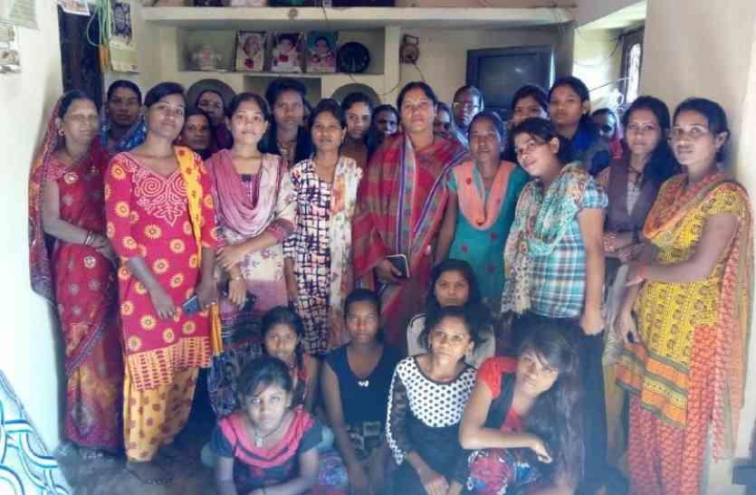 समाज विकास व हित में महिलाओं की अहम भूमिका