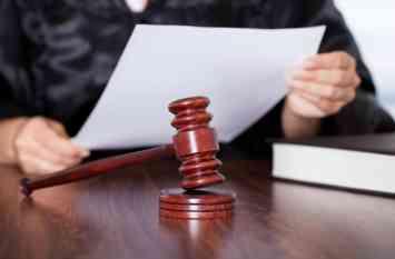 आरोपी पिता-पुत्र को 30 साल बाद कोर्ट ने दी ये सजा, 65 रुपये के लिए तोड़ दिया था हाथ