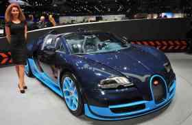 देखिए इस वर्ष लॉन्च हुई 10 महंगी कारों की एक झलक और कीमत