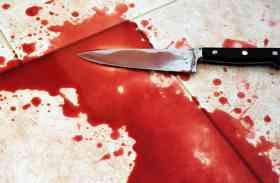 पत्नी से अवैध संबंध के शक में दोस्त बना कातिल, घर बुलाकर पेट में घुसाया सरिया और चाकू से काटा गला