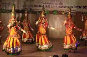 उदयपुर में दिखी मिनी इंडिया की झलक, राज्यों के लोक नृत्यों पर खूब मची धमाल, देखें तस्वीरें