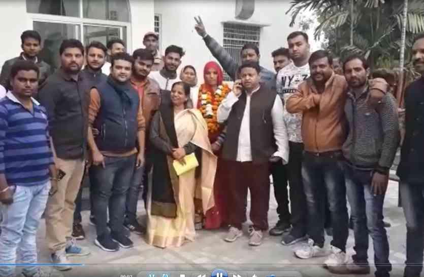 video: विधानसभा चुनाव से पहले उपचुनाव में जीत से कांग्रेस को संजीवनी, जश्न मना रही कांग्रेस, मंथन में डूबी भाजपा
