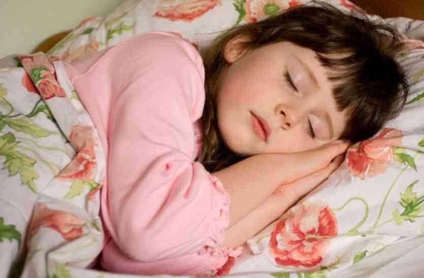 अच्छी नींद लेने के बाद भी जब थकान हो तो क्या करें, आजमाएं ये उपाय