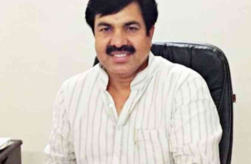 उदयपुर में सडक़ों की सुध लेने आएंगे पीडब्ल्यूडी मंत्री खान, बांसवाड़ा व डंूगरपुर में भी देखेंगे निर्माण कार्यों को