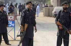 पाक पुलिस कंट्रोल रूम में अंजान शख्स कर रहा फोन, जय हिंद बोल दे रहा जमकर गाली