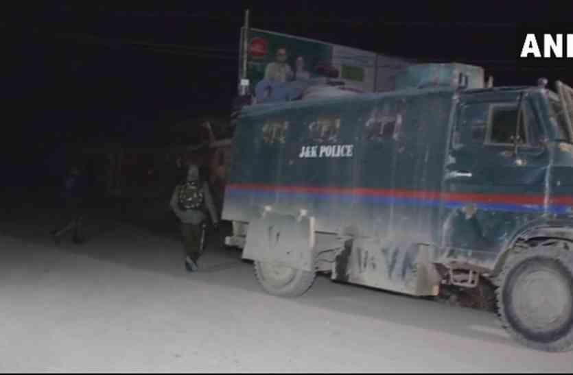 पुलवामा: इस तरह आतंकियों ने दिया CRPF कैंप पर हमले को अंजाम