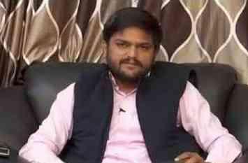 हार्दिक ने फेसबुक लाइव से इलाहाबाद आए यूपी के किसानों में भरा जोश, बोला पीएम मोदी पर हमला