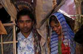 Pics: ऐसे हालातों में रोहिंग्या मुसलमान करते हैं शादी, नाच-गाने का भी होता है कार्यक्रम