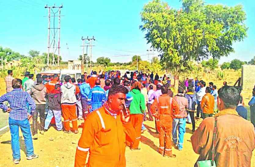 पाइप लाइन दुरुस्त नहीं की तो ग्रामीणों ने रोका एमपीटी जाने वाला रास्ता,जानिए पूरी खबर