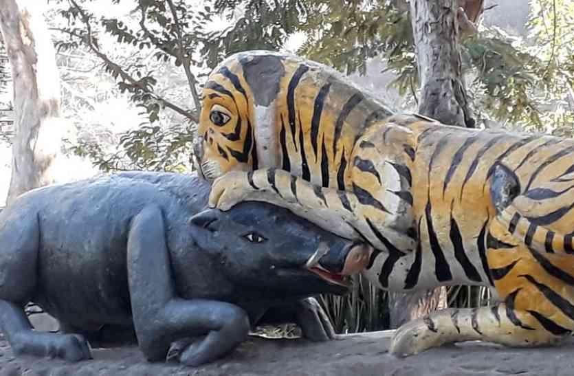 उदयपुर के माणिक्यलाल वर्मा पार्क में बदहाल स्थिति को देख महापौर बिफरे, अधिकारियों को दिए सुधार के निर्देश