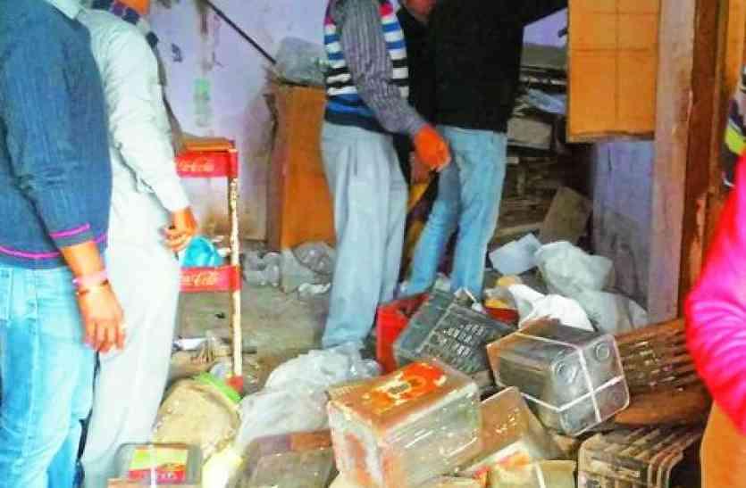 राजस्थान के इस केन्द्रिय बस स्टेण्ड पर दुकानदारों का राज, लाखों रूपये बकाया,फिर भी दबंगई