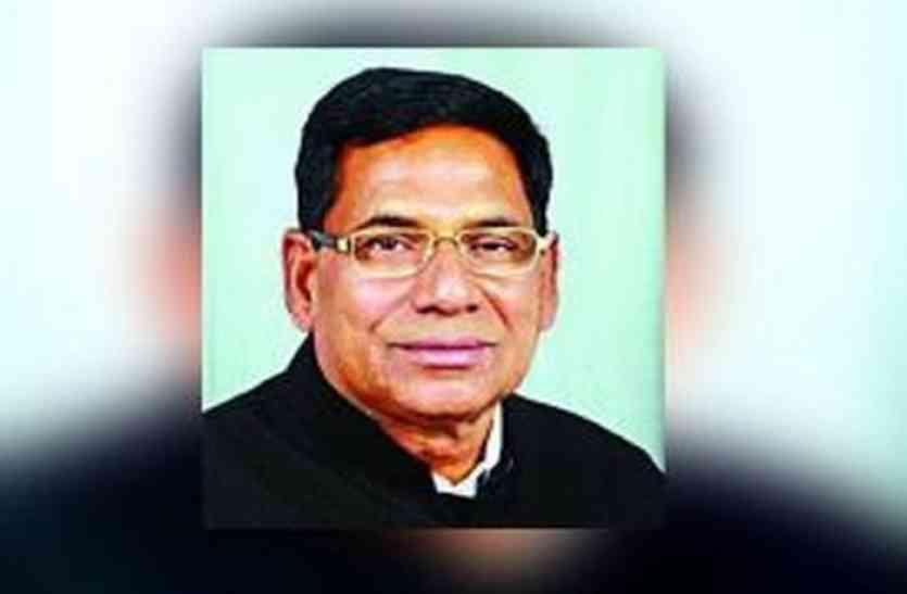 राजस्थान के श्रम मंत्री के पास लेकर गया था अपनी शिकायत, मंत्री ने गुस्से में कर दी मारपीट