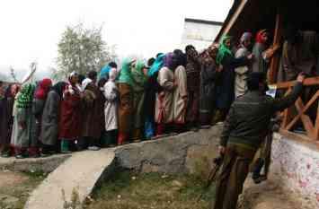 जम्मू में आतंकियों की धमकी, चुनाव लड़ने वालों की आंख में डाल देंगे तेजाब