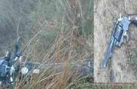 आजमगढ़ में पुलिस व बदमाशों के बीच मुठभेड़, मारा गया इनामी बदमाश- कांस्टेबल को लगी गोली