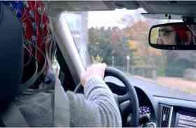 तस्वीरें! लो आ गई दिमाग से चलने वाली कार, अब गाड़ी चलाना लगेगा विडियो गेम खेलने जैसा