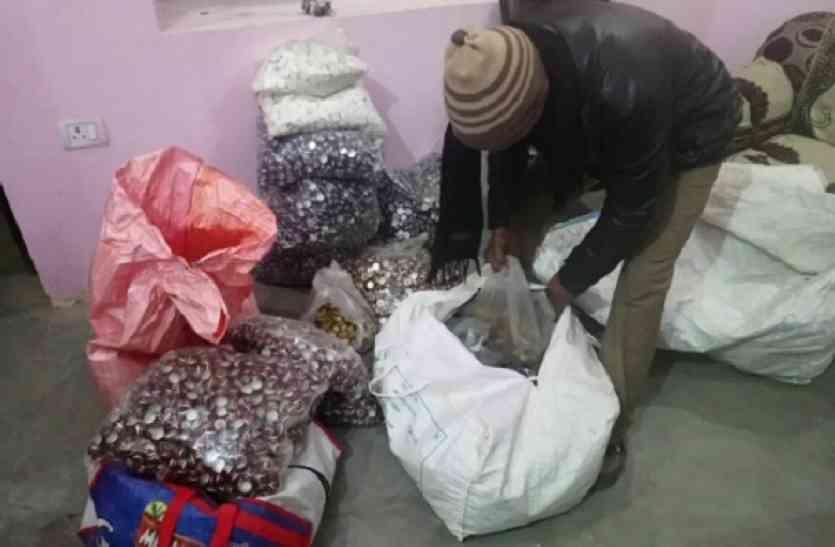 Khaskhabar/सिकंद्राबाद:थाना नीमगांव क्षेत्र के गांव नगरा में आबकारी विभाग ने