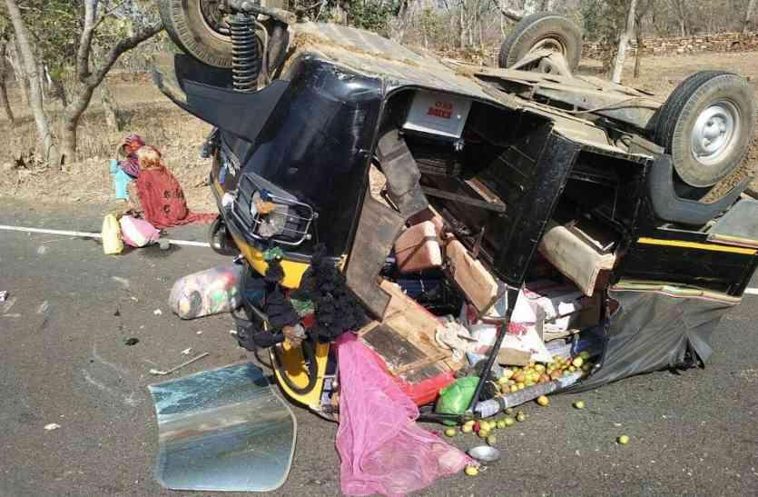 टेंट का सामान लौटा कर जा रही ट्रैक्टर-ट्रॉली पलटी,चालक की मौत