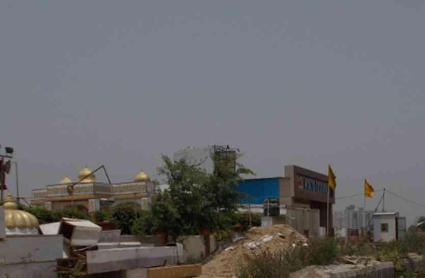 बड़ा खुलासा: यूपी के इस शहर में सरकारी अधिकारियों की मिलीभगत से बन गए कई अवैध बिल्डिंग