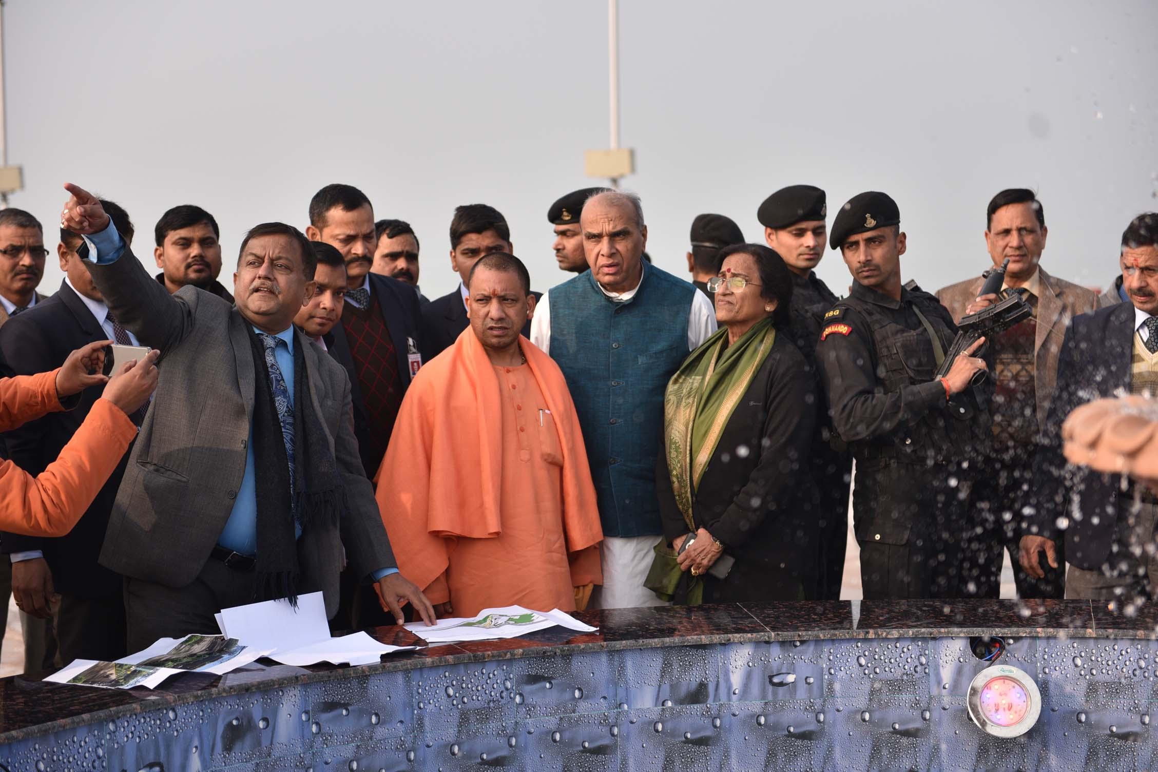मुख्यमंत्री योगी आदित्यनाथ इस विदेशी मेहमान के साथ करेंगे ताजमहल का दीदार