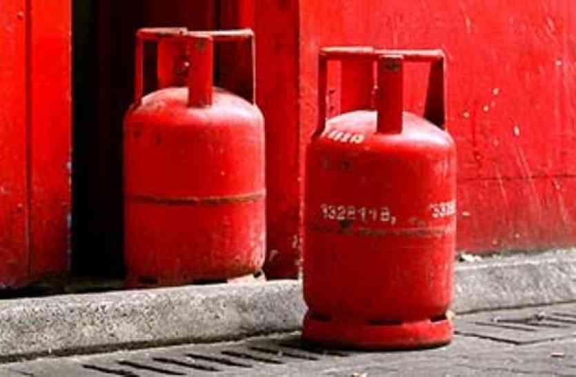 बंद हुई आवासन में गैस सप्लाई