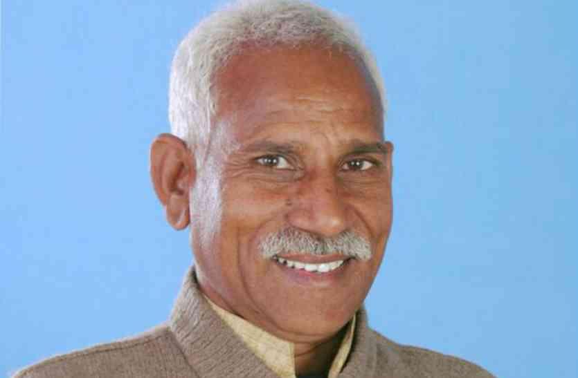 भाजपा जिलाध्यक्ष के खिलाफ मंडल अध्यक्षों ने खोला मोर्चा, लगाए आरोप