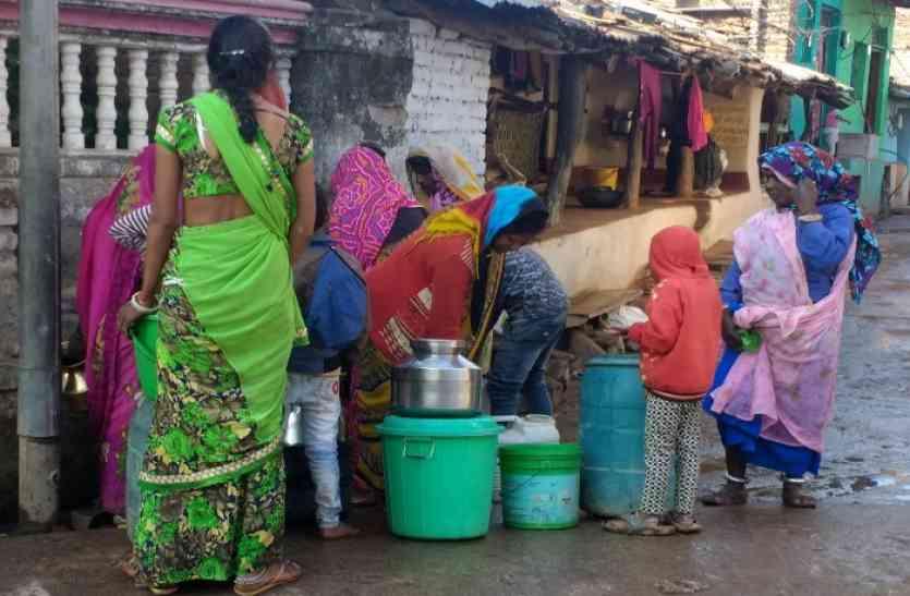 10से15 दिन में पेयजल आपूर्ति,पानी के लिए युवाओं की हुंकार