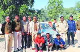 कार में साठ किलो डोडा पोस्त बरामद, तीन युवक गिरफ्तार