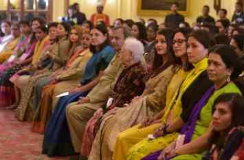 ये हैं देश की 112 पहली महिलाएं, जिन्होंने हदें पार कर सपना किया साकार