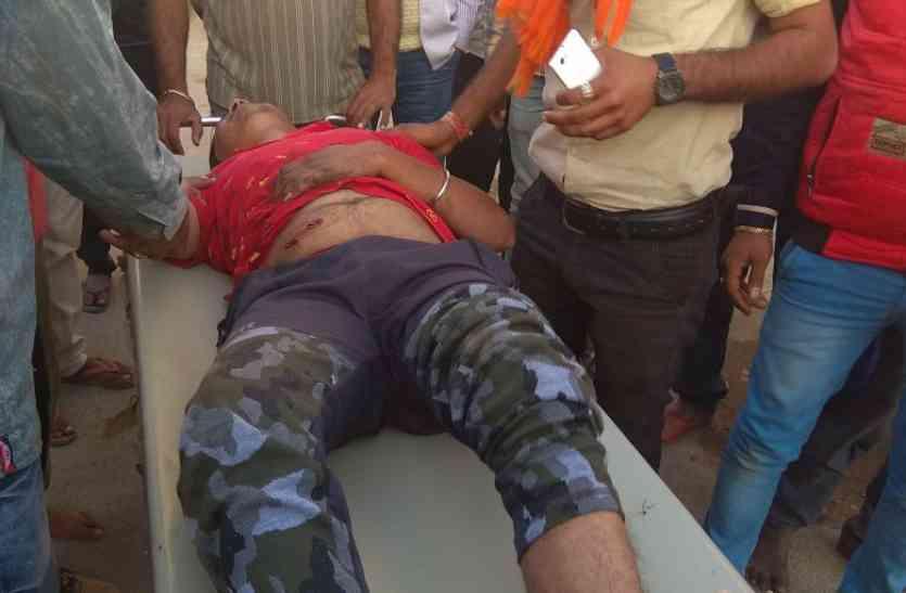 उदयपुर के फतहनगर में हुई फायरिंग, नकाबपोश बदमाशों ने किए फायर, दो घायल