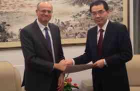 चीन को गोखले पर भरोसा, कहा- भारत के साथ संबंध बेहतर करने में होगी अहम भूमिका