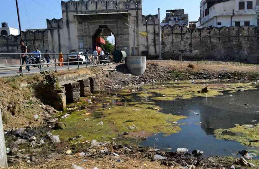 बड़ा फैसला: उदयपुर की झीलों में गन्दगी की समीक्षा अब कलक्टर की अध्यक्षता में कमेटी करेगी
