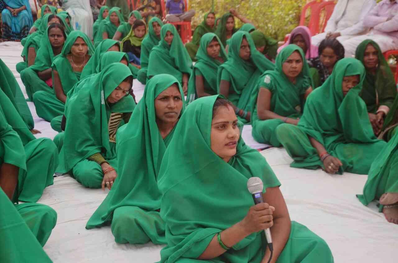 काशी की युवा टीम होप की पहल मिर्जापुर के नक्सल प्रभावित गांव में ग्रीन ग्रुप का गठन