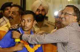 PICS: स्वदेश लौटी U19 चैपिंयन टीम, एयरपोर्ट पर हुआ जोरदार स्वागत