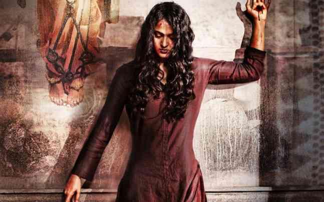 'बाहुबली' की देवसेना का एक बार फिर दिखा जलवा, उनकी ये फिल्म भी तोड़ रही कमाई के रिकॉर्ड