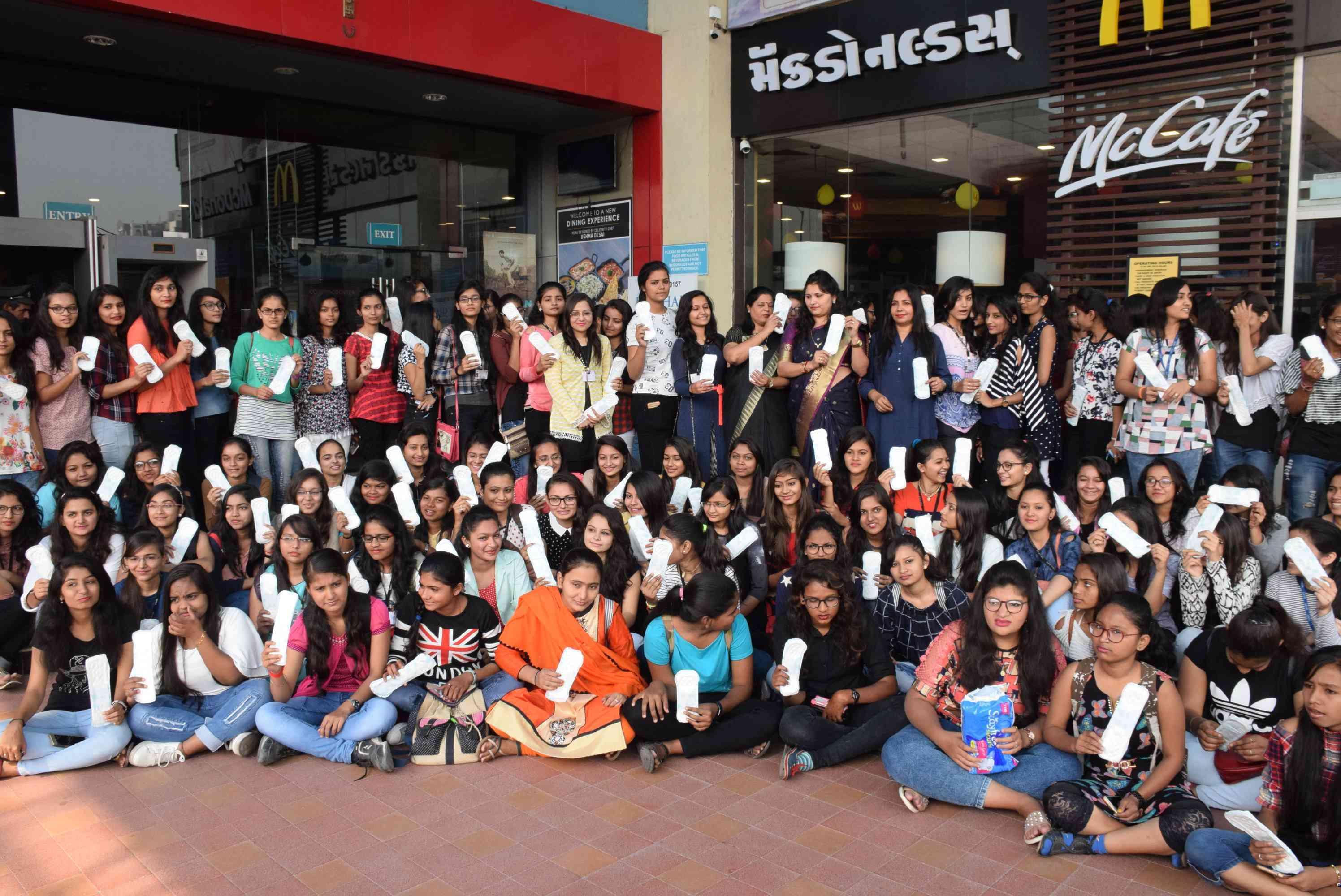 surat girls Organizing the pedmen Challenge Program