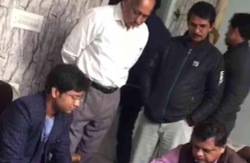 टेरर फंडिंग केस: लश्कर-ए-तैयबा के फाइनेंसर दो सर्राफा व्यापारी मुजफ्फरनगर से गिरफ्तार