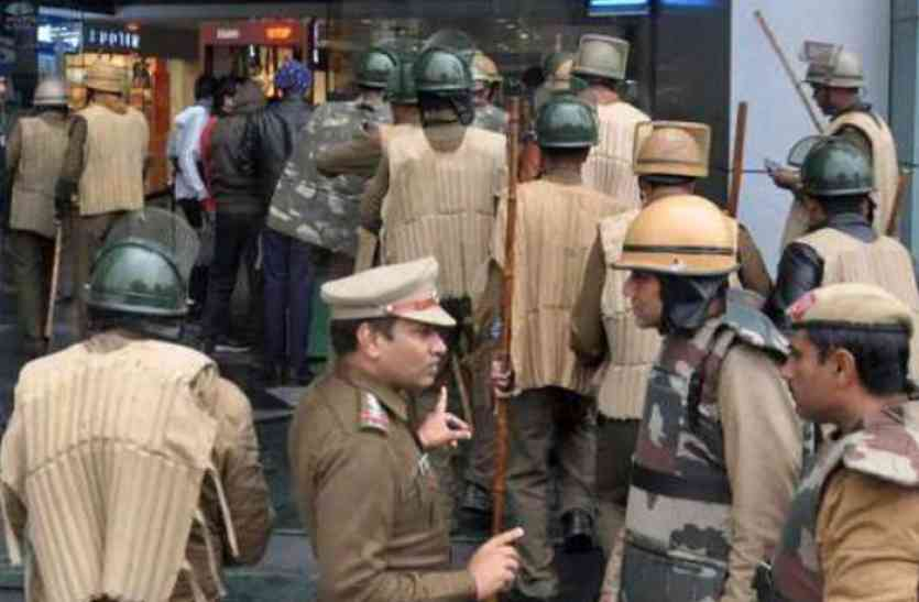 जीएसटी टीमों की छापेमारी, करोड़ों रुपए का टैक्स एेसे हो रहा था चोरी, हुआ बड़ा खुलासा