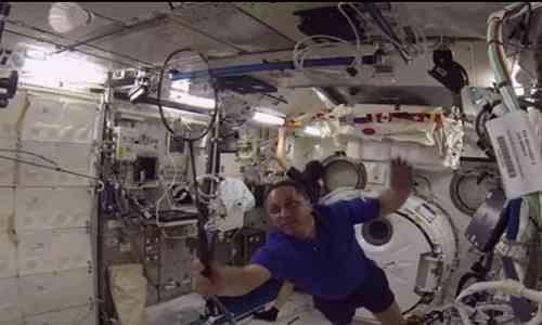 International Space Station,space,Spotlight,astronauts,badminton tournament,Zero Gravity Desk,