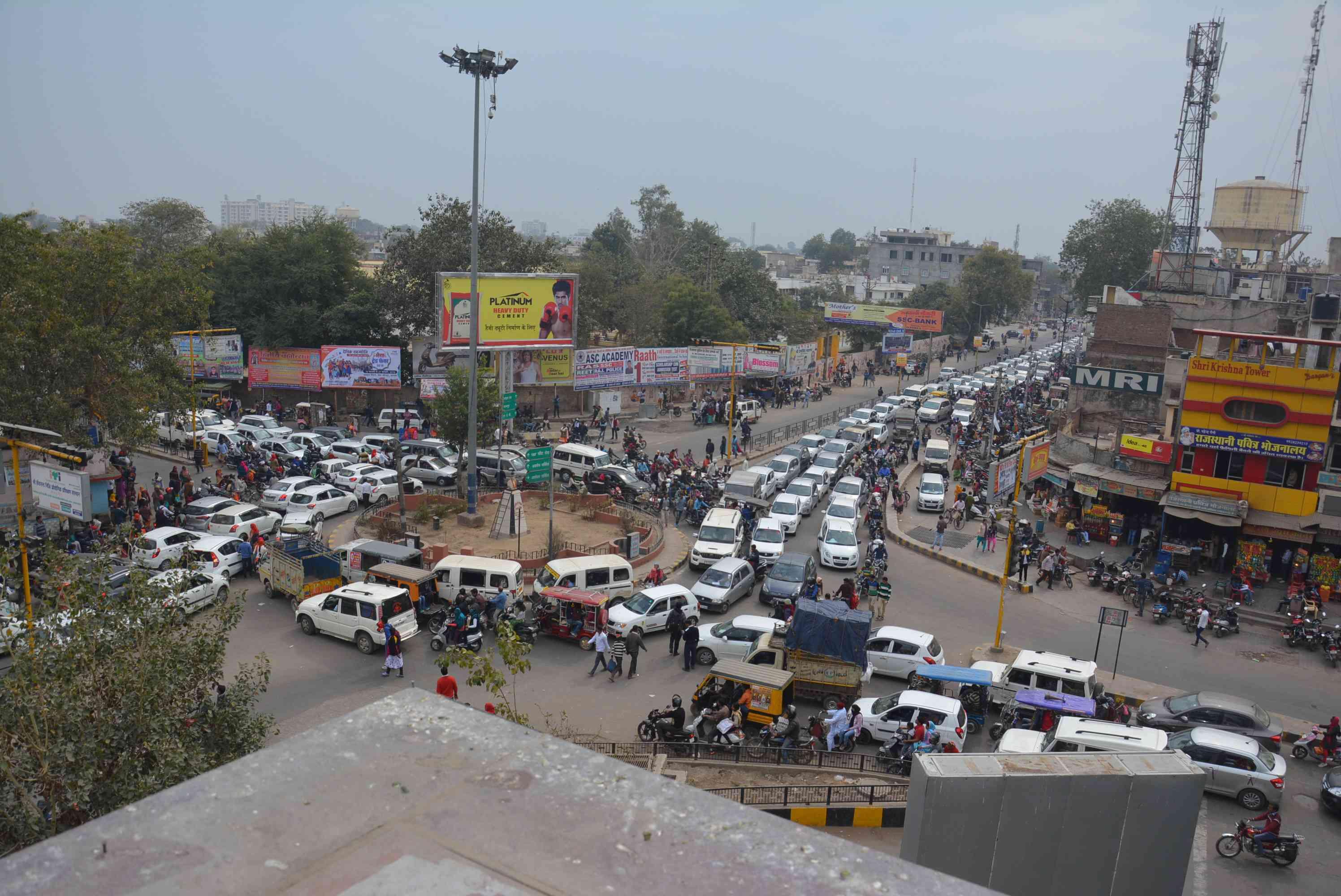photos of traffic jam in alwar due to REET exam