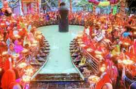 Maha Shivaratri 2018: हर-हर महादेव से गूंजा शिवपुरी धाम, सैकड़ो ने किया अभिषेक...देखिए तस्वीरें...