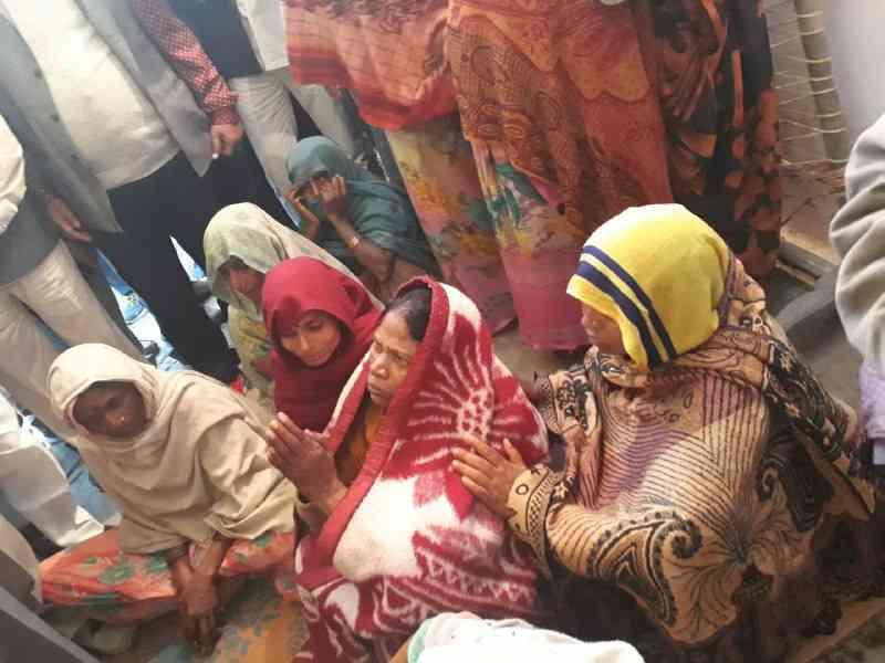 Dilip Saroj Mother