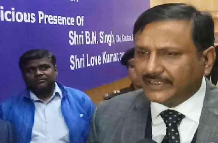 VIDEO: एडीजी लॉ एण्ड ऑर्डर आनंद कुमार बोले, यूपी पुलिस में होगी 2 लाख 14 हजार जवानों की भर्ती