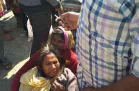 प्रतापगढ़ में यात्रियों से भरा ऑटो पलटा, आधा दर्जन यात्री घायल- तस्वीरें